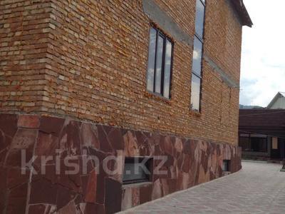 9-комнатный дом, 600 м², 9 сот., Аль-Фараби 50 за 79 млн 〒 в Талгаре — фото 3