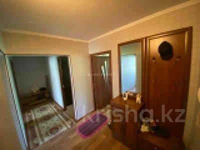 3-комнатная квартира, 63 м², 5/5 этаж, Мкр Жайлау 14 за 9.8 млн 〒 в Таразе — фото 4