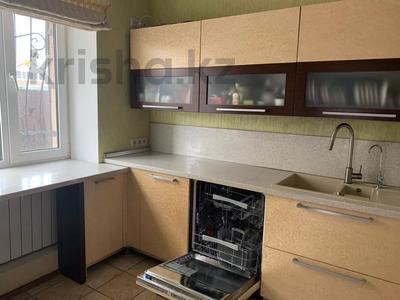 5-комнатный дом, 300 м², Набережный переулок за 99 млн 〒 в Рудном