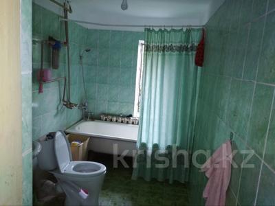 5-комнатный дом, 140 м², 6 сот., Байкушикова 23 за 18 млн 〒 в Туздыбастау (Калинино) — фото 13