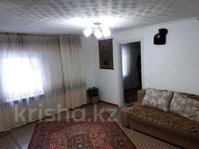 6-комнатный дом, 110 м², 6 сот., Западный переулок 4 — Каржаубаева 205 за 10 млн 〒 в Семее — фото 3