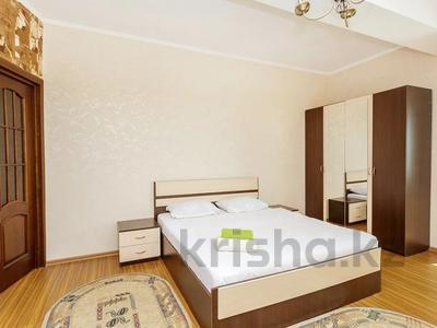 2-комнатная квартира, 70 м², 31 этаж посуточно, Достык 5 за 15 000 〒 в Нур-Султане (Астана), Есиль р-н — фото 4