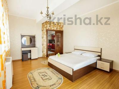 2-комнатная квартира, 70 м², 31 этаж посуточно, Достык 5 за 15 000 〒 в Нур-Султане (Астана), Есиль р-н — фото 7