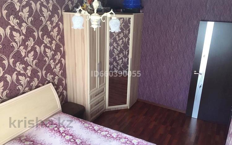 3-комнатная квартира, 60 м², 2/5 этаж, Западная 64в за 9.5 млн 〒 в Экибастузе