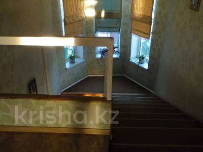 5-комнатный дом, 247 м², 8 сот., Зарапа Темирбекова 189 за 37 млн 〒 в Кокшетау — фото 40