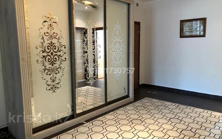 4-комнатная квартира, 140 м², 7/9 этаж, Тимирязева — Сейфуллина за 85 млн 〒 в Алматы