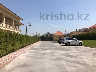 Здание, мкр Хан Тенгри площадью 1000 м² за 1 млн 〒 в Алматы, Бостандыкский р-н — фото 5