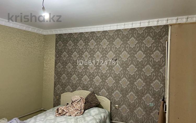 6-комнатный дом, 110 м², 6 сот., мкр 6-й градокомплекс, 6-й градокомплекс 139 — 1-ая улица за 30 млн 〒 в Алматы, Алатауский р-н