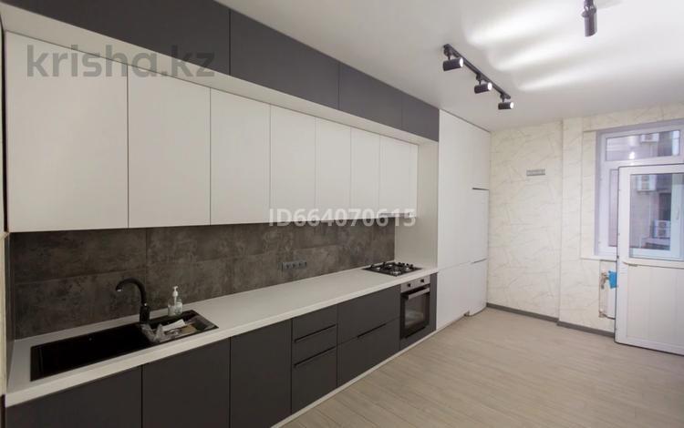 2-комнатная квартира, 75 м², 2/9 этаж, 15-й мкр 56 за 29.5 млн 〒 в Актау, 15-й мкр
