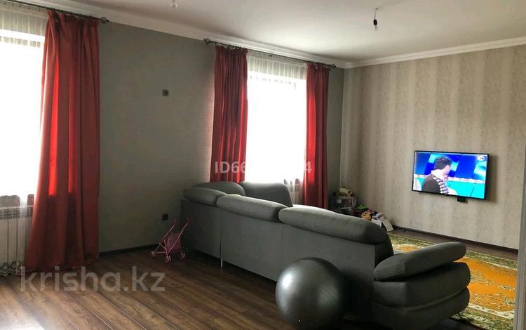 7-комнатный дом, 275 м², 5 сот., мкр Коктобе 14 за 80 млн 〒 в Алматы, Медеуский р-н