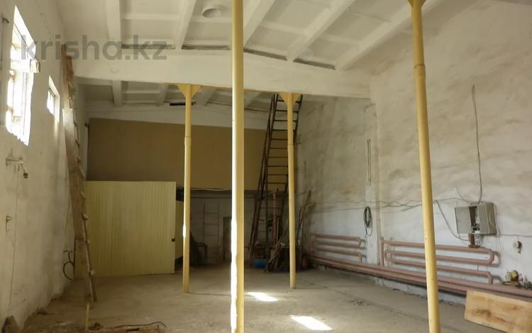 Здание, площадью 632 м², Карбышева 64/1 за 35.5 млн 〒 в Уральске