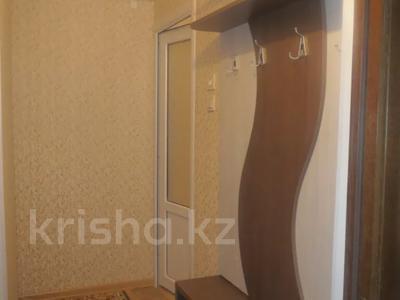 2-комнатная квартира, 40 м², 1/5 этаж посуточно, Тыныбаева 5 за 9 000 〒 в Шымкенте, Аль-Фарабийский р-н — фото 9