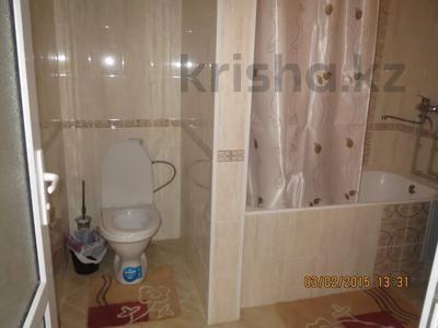 2-комнатная квартира, 40 м², 1/5 этаж посуточно, Тыныбаева 5 за 9 000 〒 в Шымкенте, Аль-Фарабийский р-н — фото 10