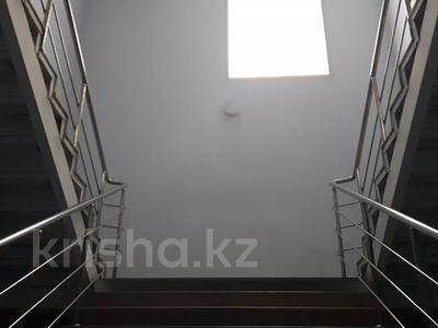 Здание, площадью 1278.7 м², Телевизионная 12 за 162.8 млн 〒 в Караганде, Казыбек би р-н — фото 11