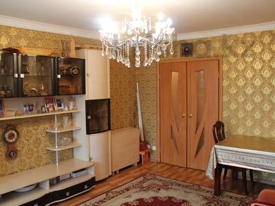 5-комнатная квартира, 103 м², 4/11 этаж, проспект Бухар Жырау за 40 млн 〒 в Карагандинской обл.