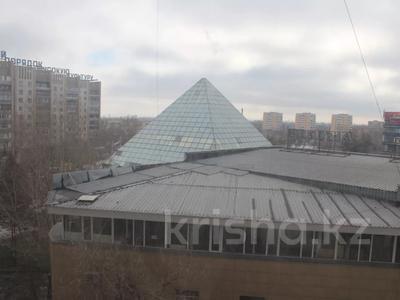 5-комнатная квартира, 103 м², 4/11 этаж, проспект Бухар Жырау за 40 млн 〒 в Карагандинской обл. — фото 21