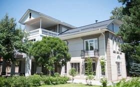 8-комнатный дом помесячно, 458 м², 16 сот., Аскарова — проспект Аль-Фараби за 1 млн 〒 в Алматы, Бостандыкский р-н