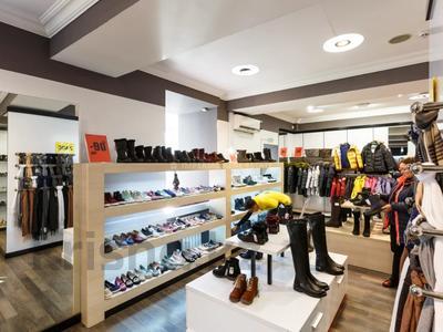 Магазин площадью 323.6 м², Сейфуллина 500 — Карасай батыра за 245 млн 〒 в Алматы, Алмалинский р-н — фото 10