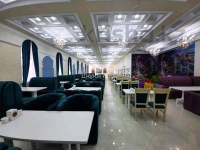 Здание, площадью 1750 м², Жеруйык, Т. Бигельдинова 10а за 500 млн 〒 в Атырау — фото 7