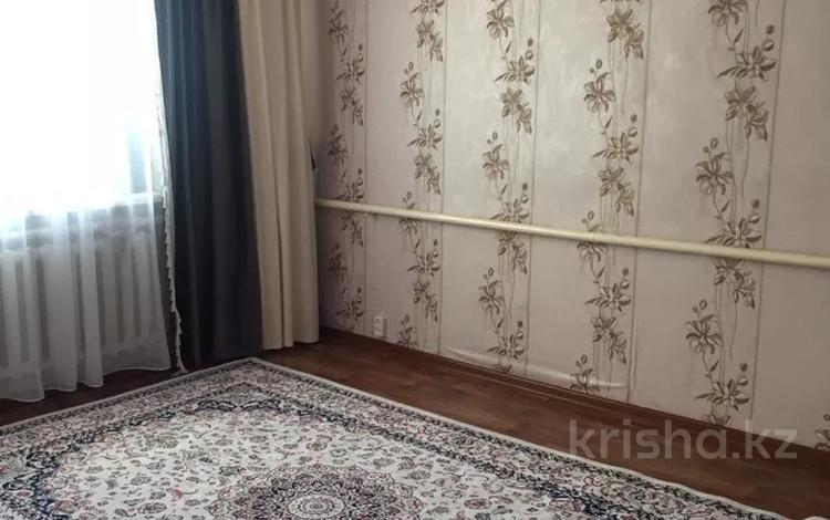 3-комнатная квартира, 54 м², 2/2 этаж, Сатпаева (жилянка) 68 за 6 млн 〒 в Актобе, Старый город
