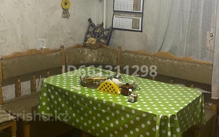 2-комнатная квартира, 51.3 м², 4/5 этаж, мкр Аксай-4 — Момышулы за 25 млн 〒 в Алматы, Ауэзовский р-н