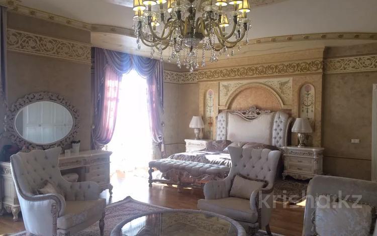 12-комнатный дом, 830 м², 17 сот., мкр Коктобе, Сахариева за 512 млн 〒 в Алматы, Медеуский р-н