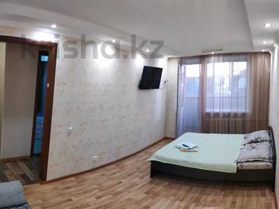 1-комнатная квартира, 30 м², 5/5 этаж посуточно, Тауелсиздик 135 — Шаяхметова за 6 000 〒 в Костанае — фото 2