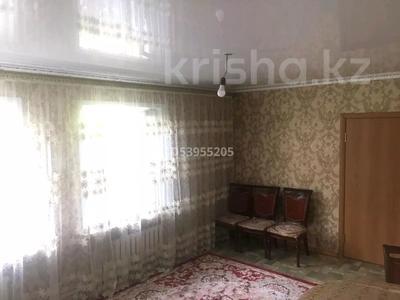 7-комнатный дом, 110 м², 10 сот., мкр Туркестан 2/5 за 30 млн 〒 в Алматы, Алатауский р-н