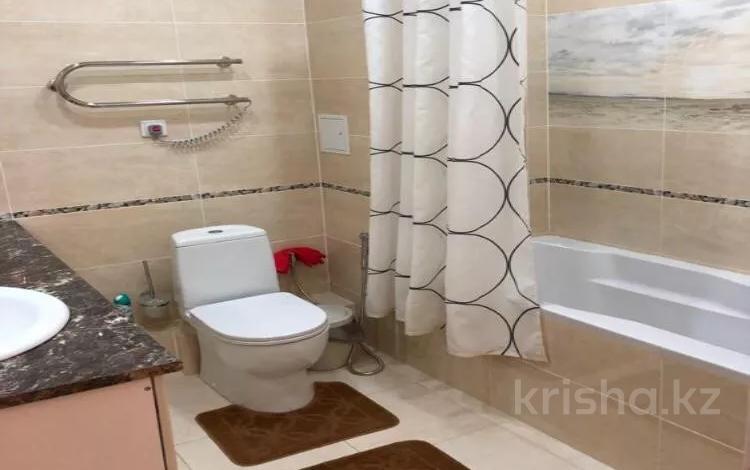 3-комнатная квартира, 105 м², 8 этаж помесячно, Иманбаевой — Кенесары за 170 000 〒 в Нур-Султане (Астана), Алматы р-н