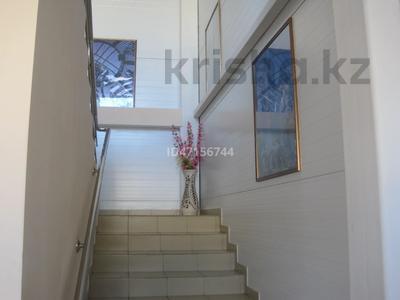Здание, Чайковского — Ауэзова площадью 254 м² за 2 500 〒 в Петропавловске — фото 13