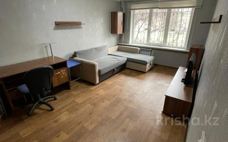 1-комнатная квартира, 31 м², 1/4 этаж, мкр №11 за 15 млн 〒 в Алматы, Ауэзовский р-н