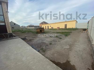 4-комнатный дом, 160 м², 10 сот., Рахимбекова 22 за 40 млн 〒 в Караганде, Казыбек би р-н — фото 2
