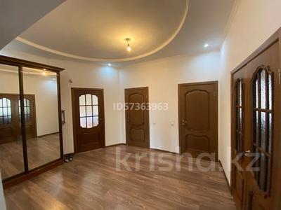 4-комнатный дом, 160 м², 10 сот., Рахимбекова 22 за 40 млн 〒 в Караганде, Казыбек би р-н — фото 6