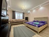 1-комнатная квартира, 65 м², 4 этаж посуточно, Микрорайон Батыс-2, дом 10Г, корпус 3 10 Г/3 за 13 000 〒 в Актобе