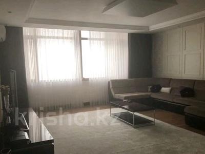 4-комнатная квартира, 150 м² помесячно, проспект Рахимжана Кошкарбаева 10 за 350 000 〒 в Нур-Султане (Астана) — фото 2