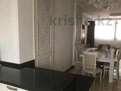 4-комнатная квартира, 150 м² помесячно, проспект Рахимжана Кошкарбаева 10 за 350 000 〒 в Нур-Султане (Астана) — фото 9
