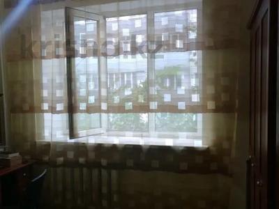 3-комнатная квартира, 65 м², 3/5 этаж, мкр Жетысу-4, Бауыржана Момышулы за 26.4 млн 〒 в Алматы, Ауэзовский р-н — фото 6