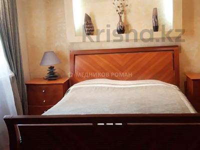 2-комнатная квартира, 80 м², 3/10 этаж помесячно, Луганского 1 — Сатпаева за 260 000 〒 в Алматы, Медеуский р-н — фото 2