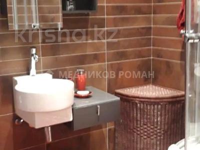 2-комнатная квартира, 80 м², 3/10 этаж помесячно, Луганского 1 — Сатпаева за 260 000 〒 в Алматы, Медеуский р-н — фото 4