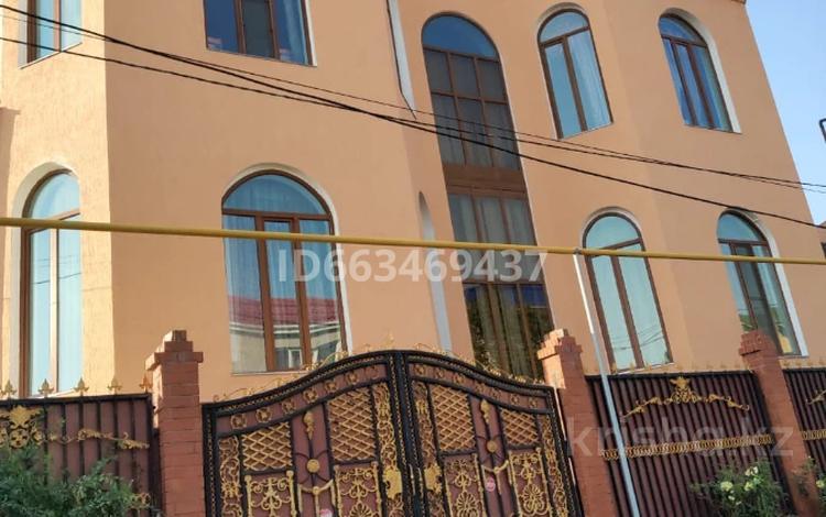 7-комнатный дом, 720 м², 6 сот., мкр Мамыр-4, Мкр Мамыр-4 83в за 515 млн 〒 в Алматы, Ауэзовский р-н