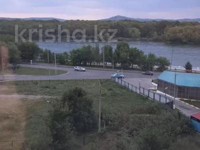 2-комнатная квартира, 55 м², 6/10 этаж, Пермитина 11 за 21.5 млн 〒 в Усть-Каменогорске
