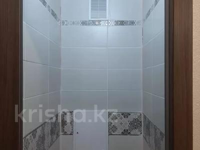 2-комнатная квартира, 55 м², 6/10 этаж, Пермитина 11 за 21.5 млн 〒 в Усть-Каменогорске — фото 39