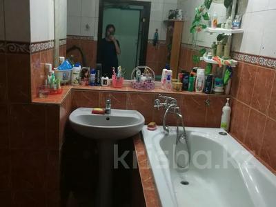 4-комнатная квартира, 108 м², 2/5 этаж, Есенберлина 35А за 16.5 млн 〒 в Жезказгане — фото 15