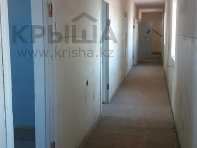 Здание, площадью 1547 м², Гайдара 10 за ~ 100.1 млн 〒 в Атырау — фото 14
