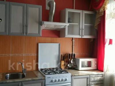 1-комнатная квартира, 32 м², 3/5 этаж по часам, Аль-Фараби 100 — Чехова за 800 〒 в Костанае — фото 4