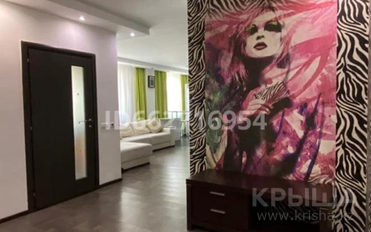 2-комнатная квартира, 80 м², 12/12 этаж, Сыганак 10/1 за 30 млн 〒 в Нур-Султане (Астана), Есиль р-н