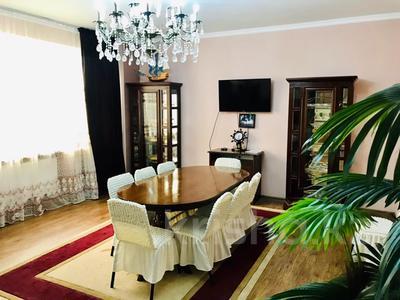 3-комнатная квартира, 170 м², 14/30 этаж посуточно, Аль-Фараби 7 — Козыбаева за 40 000 〒 в Алматы — фото 37