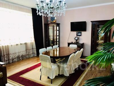 3-комнатная квартира, 170 м², 14/30 этаж посуточно, Аль-Фараби 7 — Козыбаева за 40 000 〒 в Алматы — фото 5