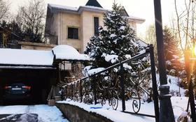 7-комнатный дом помесячно, 400 м², 20 сот., мкр Ремизовка за 1.5 млн 〒 в Алматы, Бостандыкский р-н