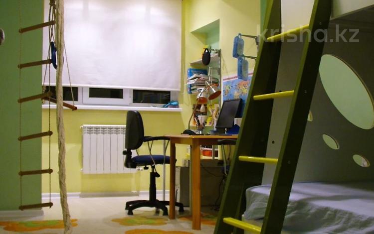 3-комнатная квартира, 76 м², 7/9 этаж, проспект Абая за 35 млн 〒 в Алматы, Алмалинский р-н